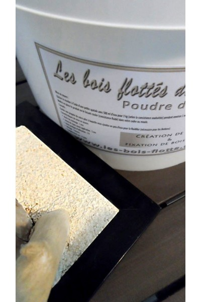 Reconstituted stone powder for the fixation of driftwood for Liane bois flotte