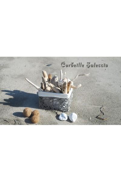 Corbeille saleccia for Corbeille bois flotte