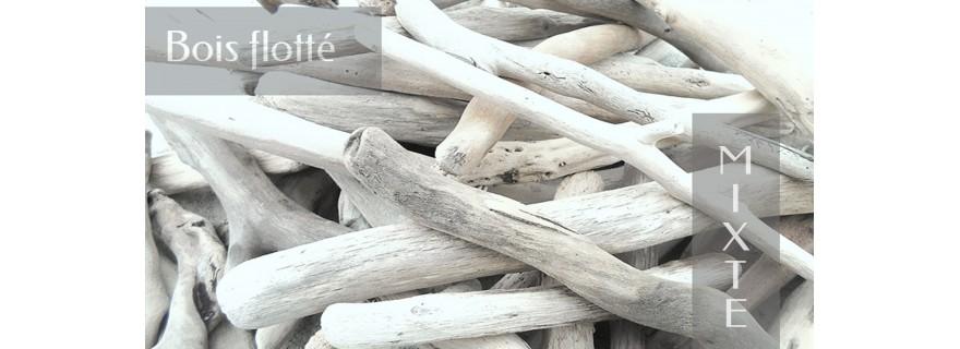Gemischter Treibholz